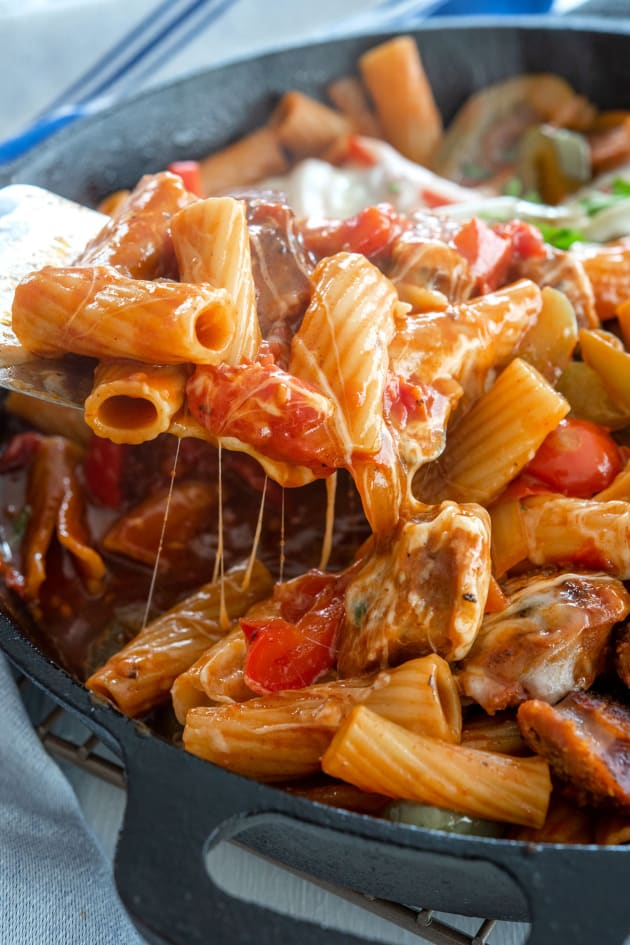 Easy Sausage and Peppers Pasta Picture