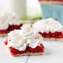 Strawberry Pie Bars Recipe