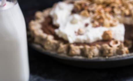 Boozy Chocolate Hazelnut Cream Pie Image