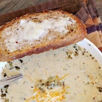 Roasted Cauliflower Garlic Soup