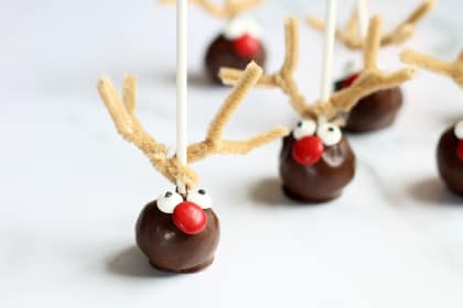 Reindeer Cake Pops