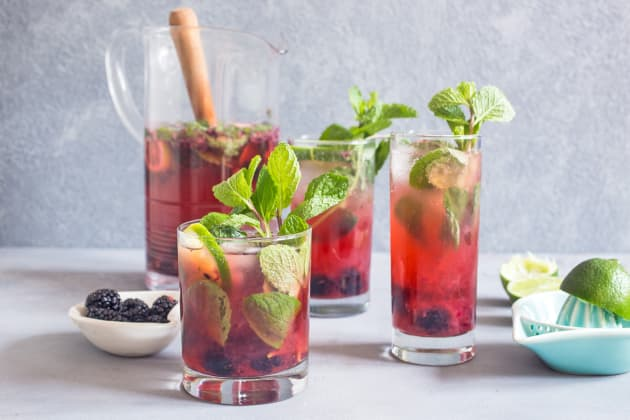 Blackberry Mojito Sangria Photo