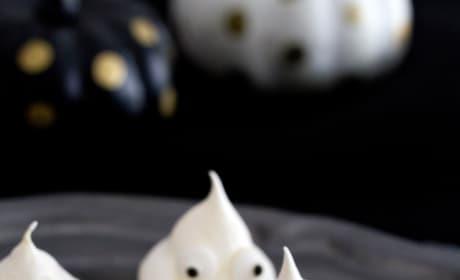 Meringue Ghost Cookies Picture