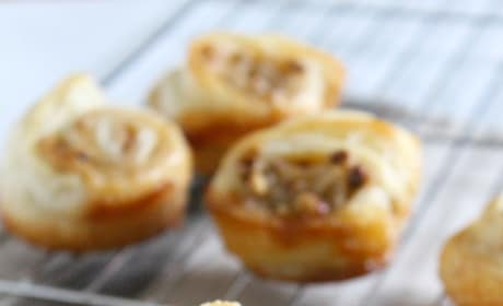 Pecan Pie Cinnamon Rolls Picture