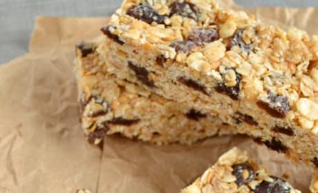 Oatmeal Raisin Cookie Granola Bars Pic