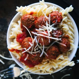 Slow cooker meatballs photo