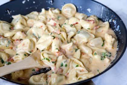 Creamy Tomato Basil Tortellini