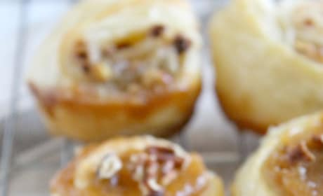 Pecan Pie Cinnamon Rolls Image
