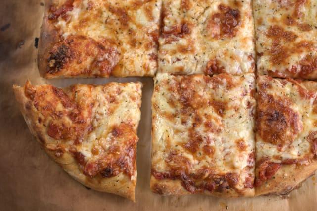 No-Knead Pizza Dough Recipe