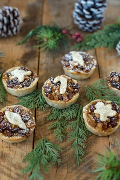 File 4 Mince Pies