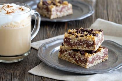 No Bake Chocolate Peanut Butter Oatmeal Bars