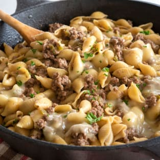 Philly cheesesteak pasta photo