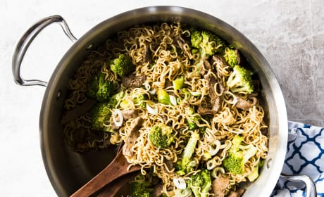 30 Minute Beef and Broccoli Ramen Recipe