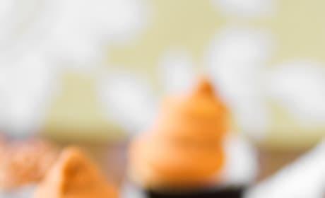 Butterscotch Dip Cupcakes Image