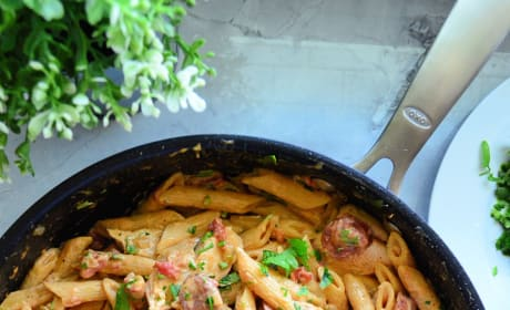 One Pot Cajun Chicken Pasta Image
