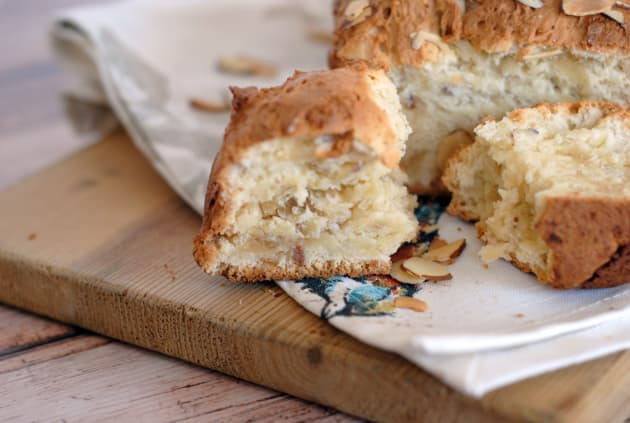 Almond Bread Image