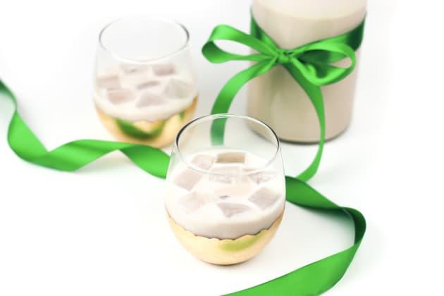Homemade Irish Cream Liqueur Photo