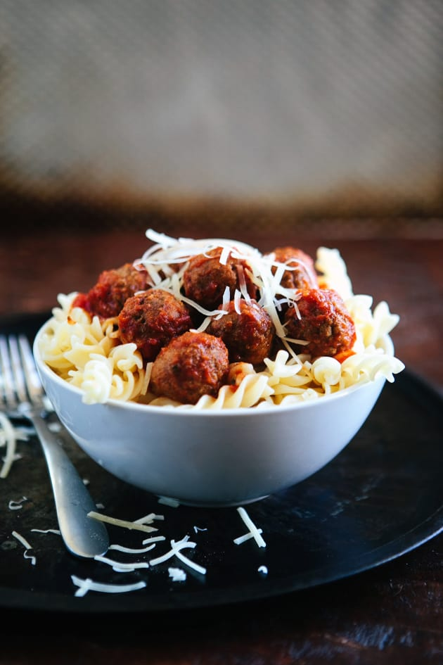 Slow Cooker Meatballs for Supper - Food Fanatic