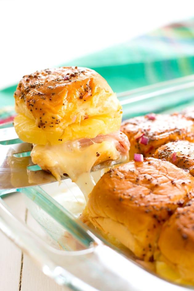 Hawaiian Ham and Cheese Sliders Picture
