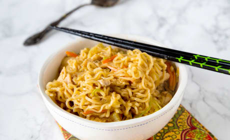 Chow Mein Noodles with Chicken Recipe
