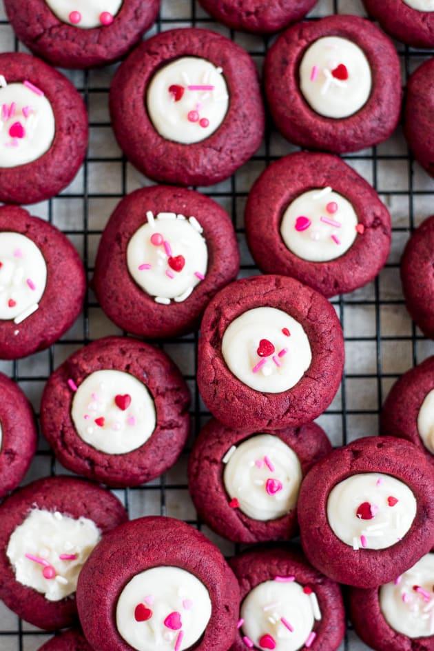 File 3 - Red Velvet Thumbnail Cookies