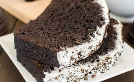 Chocolate Cookies and Cream Banana Bread Recipe