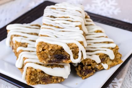 Iced Gingerbread Oatmeal Bars