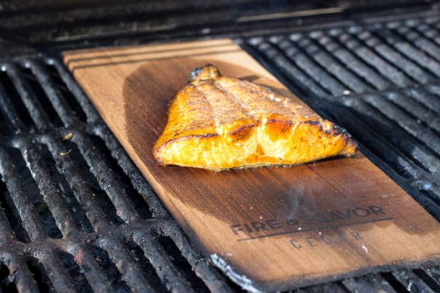 Cedar plank salmon gorgeous grilled fish food fanatic for Grilling fish on cedar plank