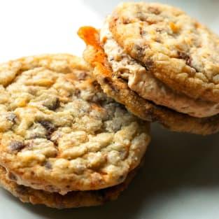Butterfinger cookie sandwiches photo