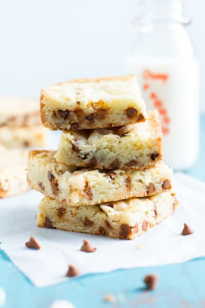 White Chocolate Brownies with Cinnamon Chips Picture