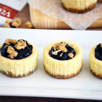 Gluten Free Granola Mini Cheesecakes Recipe