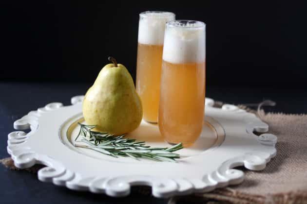 Pear vodka recipe food fanatic for Pear vodka mixed drinks