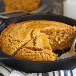 Vanilla pumpkin skillet cornbread photo