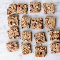 Vegan Hazelnut Blondies Recipe