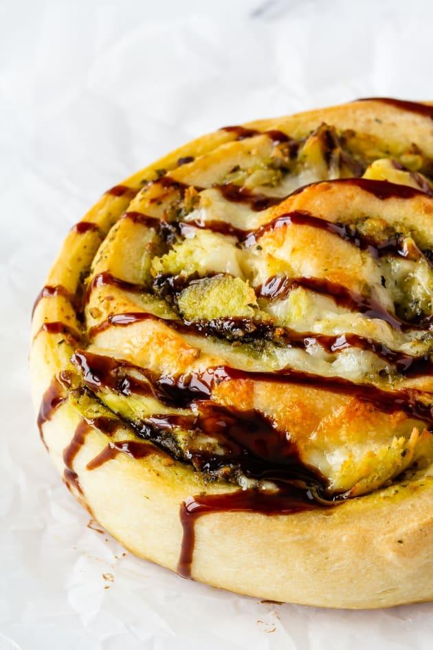 Pesto Chicken Pizza Rolls Pic