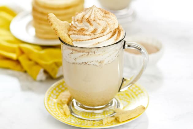 White Chocolate Snickerdoodle Hot Cocoa Photo
