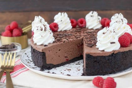 No-Bake Chocolate Raspberry Cheesecake