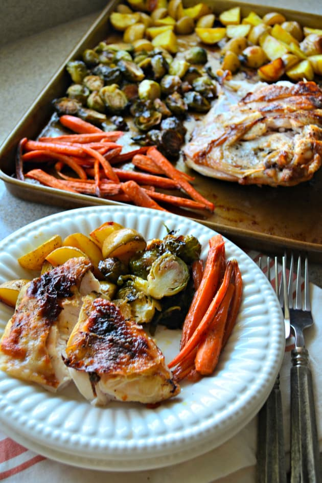 One Pan Honey Roasted Turkey And Vegetables Food Fanatic