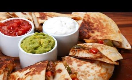 How to Make Chicken Fajita Quesadillas