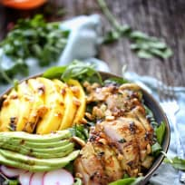 Spicy grilled chicken, spinach, arugula salad