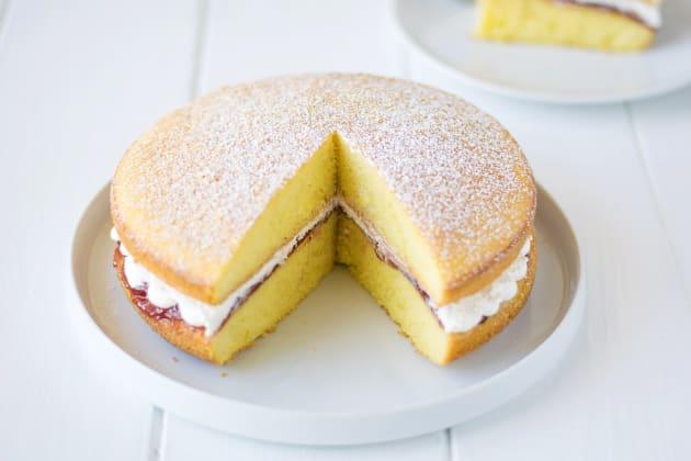 Victoria Sponge Cake Image