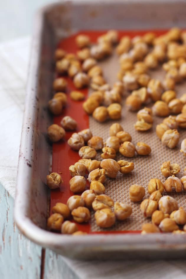 Toaster Oven Roasted Chickpeas Image