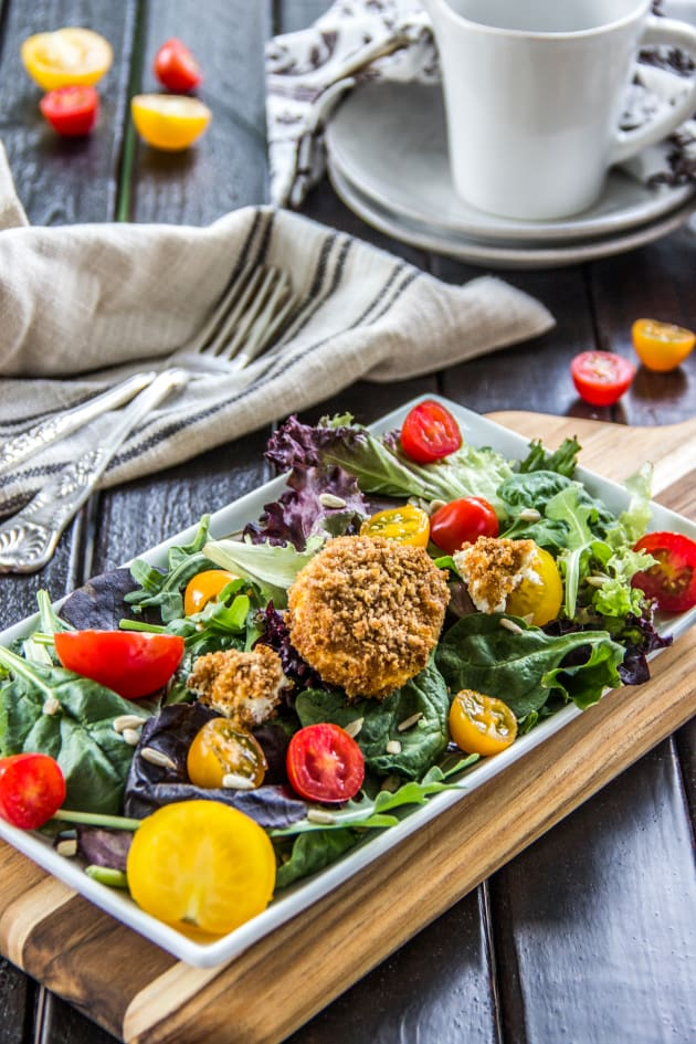 Tomato Goat Cheese Salad Picture