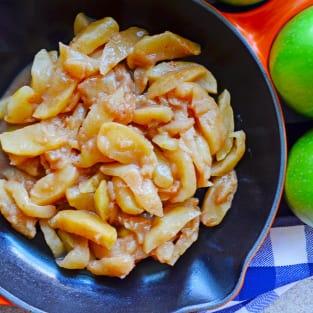 Skillet cinnamon apples photo