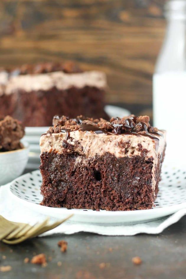 Brownie Batter Poke Cake Pic
