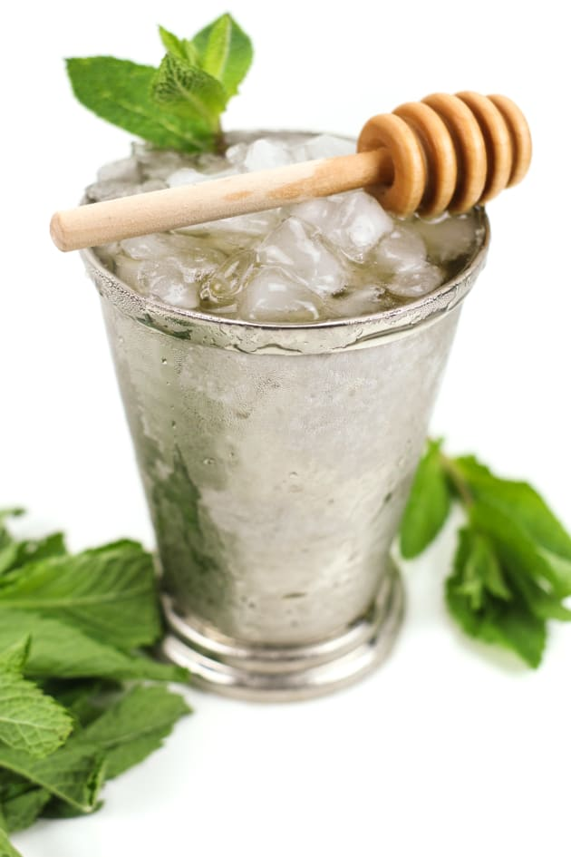 File 2 - Honey Whiskey Mint Julep