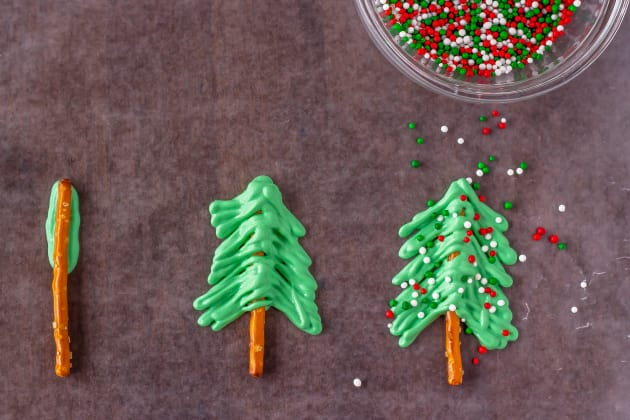 Christmas Tree Cupcakes Image