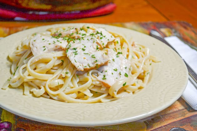 Creamy Chicken Linguine Photo
