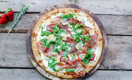 Prosciutto Pizza with Strawberries Recipe