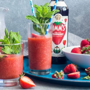 Strawberry pimms slush photo